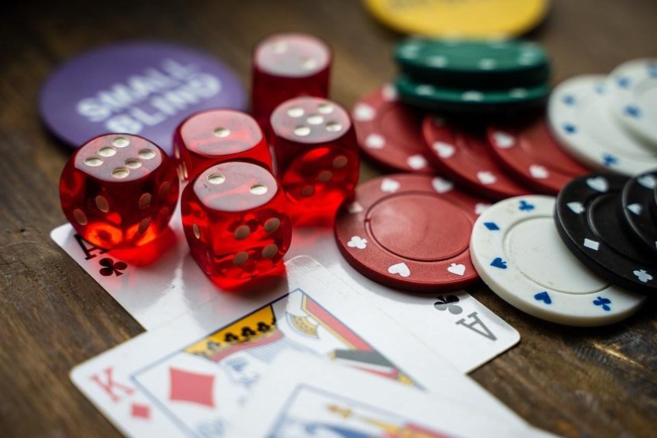 5 Benefits of Online Gambling
